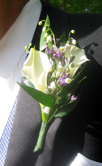 Groom's Boutonniere with Mini callas and lily of the valley